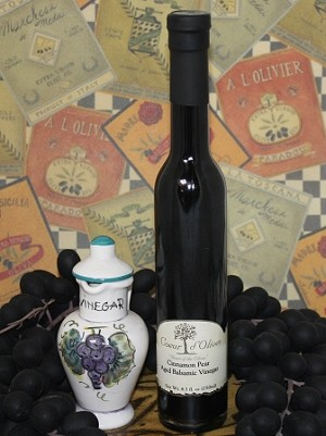 Aged Cinnamon Pear Balsamic 250ml bottle